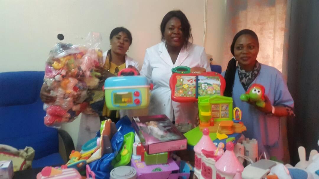 Des jouets envoyés pour Noel aux enfants de l'unité de Kinshasa